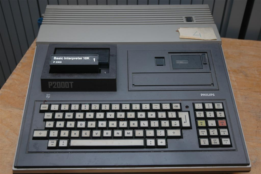 Philips P2000T microcomputer
